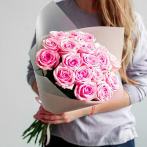 Букет 19 розовых роз