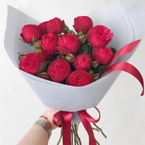 Букет 9 роз Ред Пиано