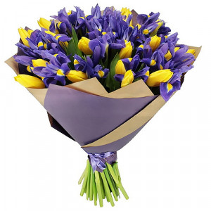 Букет желтых тюльпанов и синих ирисов