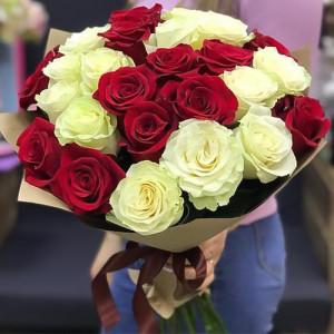 Букет 19 роз Микс